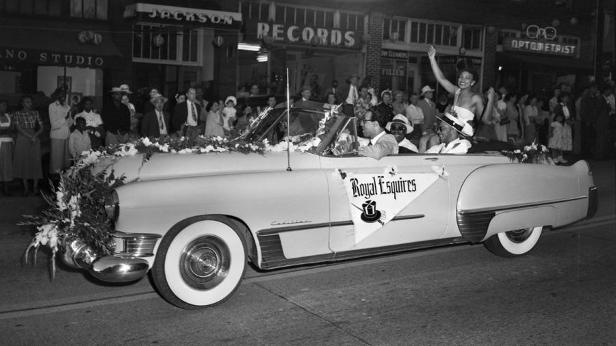 Seattle's Royal Esquires Club in a parade in the 1095s